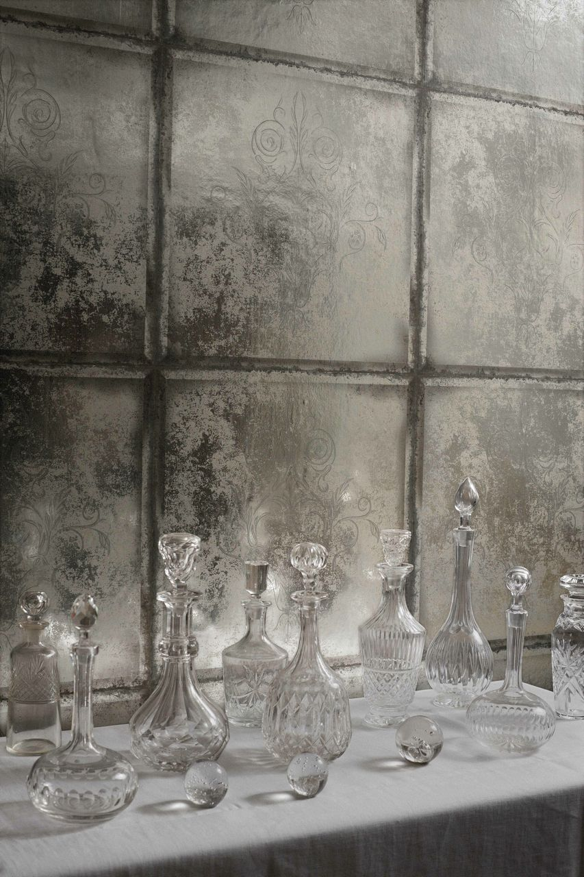Cole Son S New Archive Wallpapers Ian Thompson Interiors Mirrored Wallpaper Modern Wallpaper Cole And Son Wallpaper