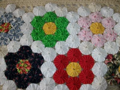 Chronicles Of A Frugal Gardener Yo Yo Quilts Craft How To Yoyo