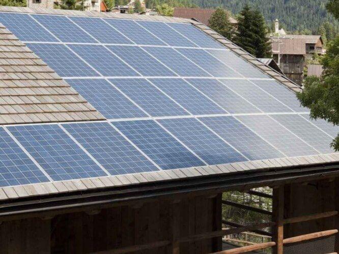 Barn House Electric Solar Panels Barn Style House Barn House