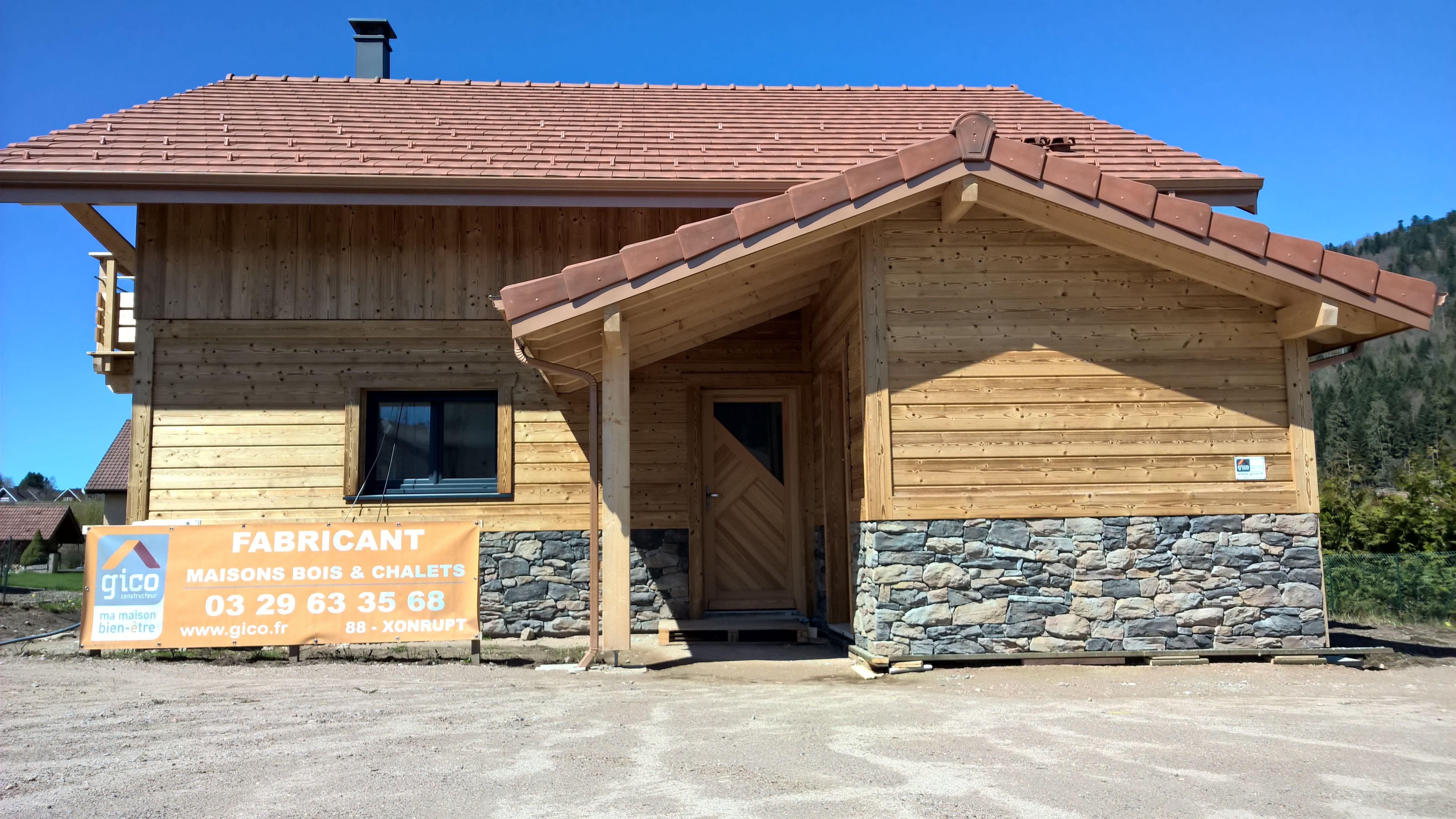 Maison Ossature Bois Vosges maison gico en ossature bois avec du bois et de la pierre en