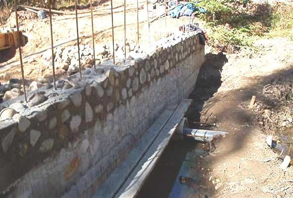 Slipform Stone Masonry : Slipform stone masonry in the above pictures we are