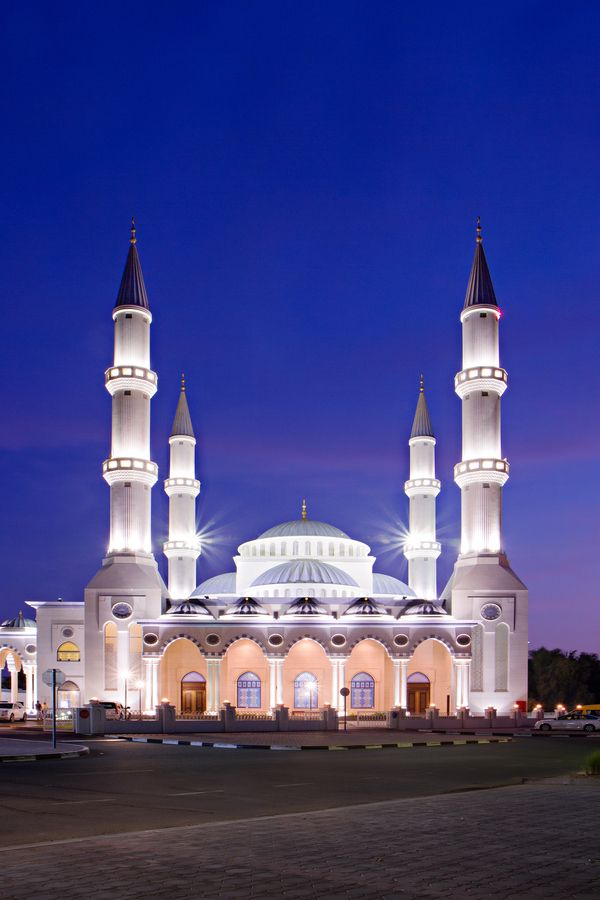 Dubai Blue Hour Mosque In 2019 Mosque Beautiful