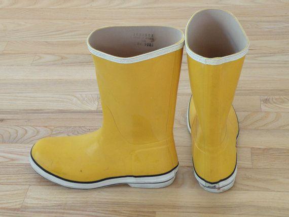 Vintage Yellow Sperry Top Sider Rain