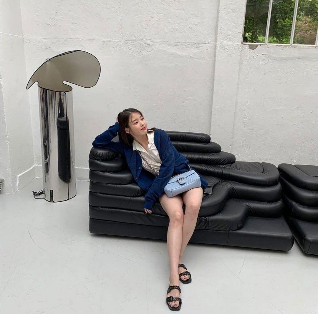 Pin by ꀘ☼︎ on k in 2020 Bean bag chair, Floor chair