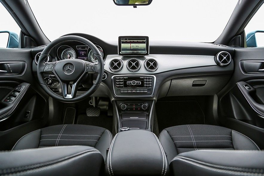 Fotos Exclusivas Do Mercedes Benz Cla 200 Mercedes Benz Benz