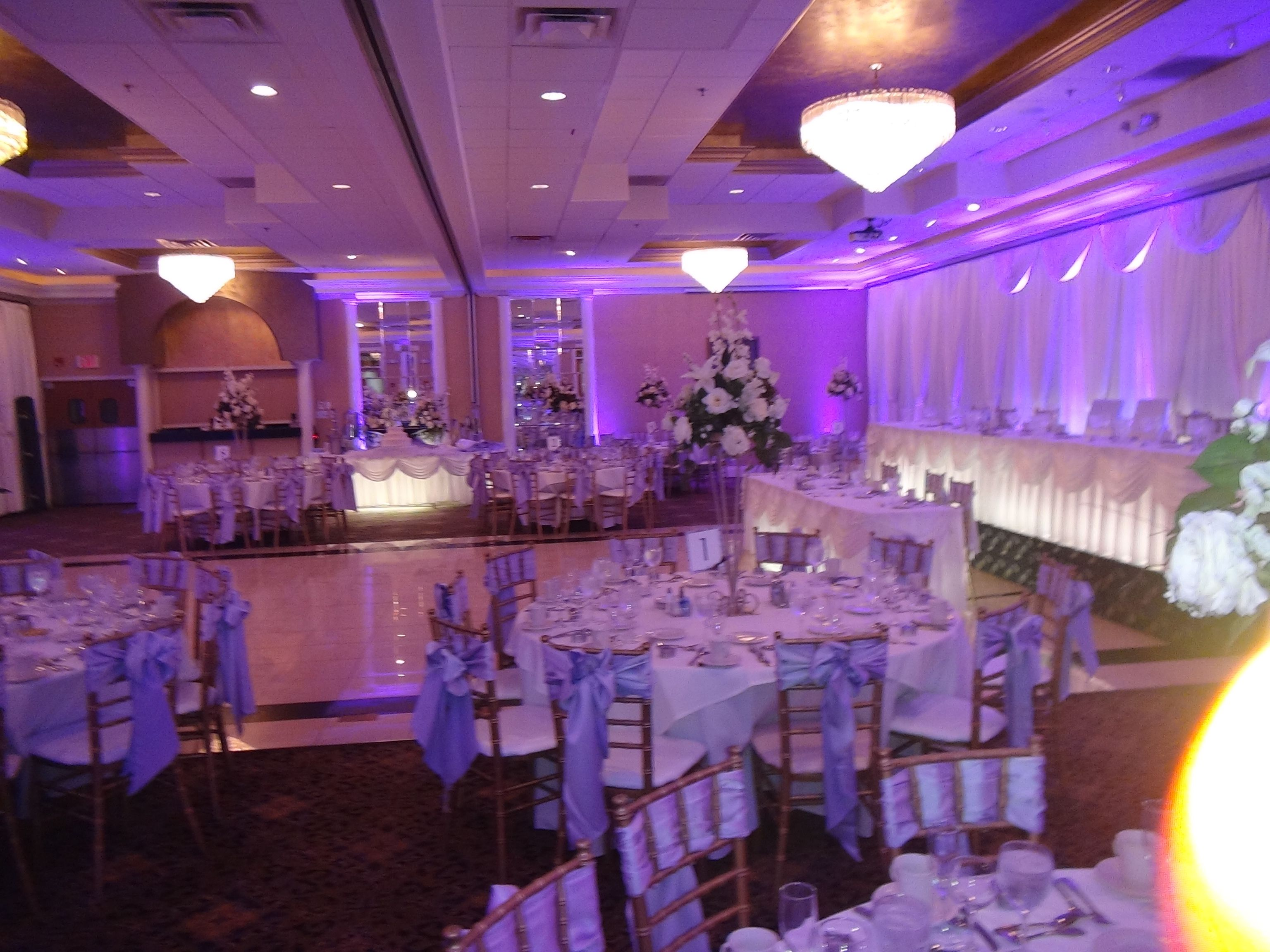 The Seville In Streamwood Offers Warm Ambiance Fourth Estate Audio S Chicago Wedding Lighting Can Do