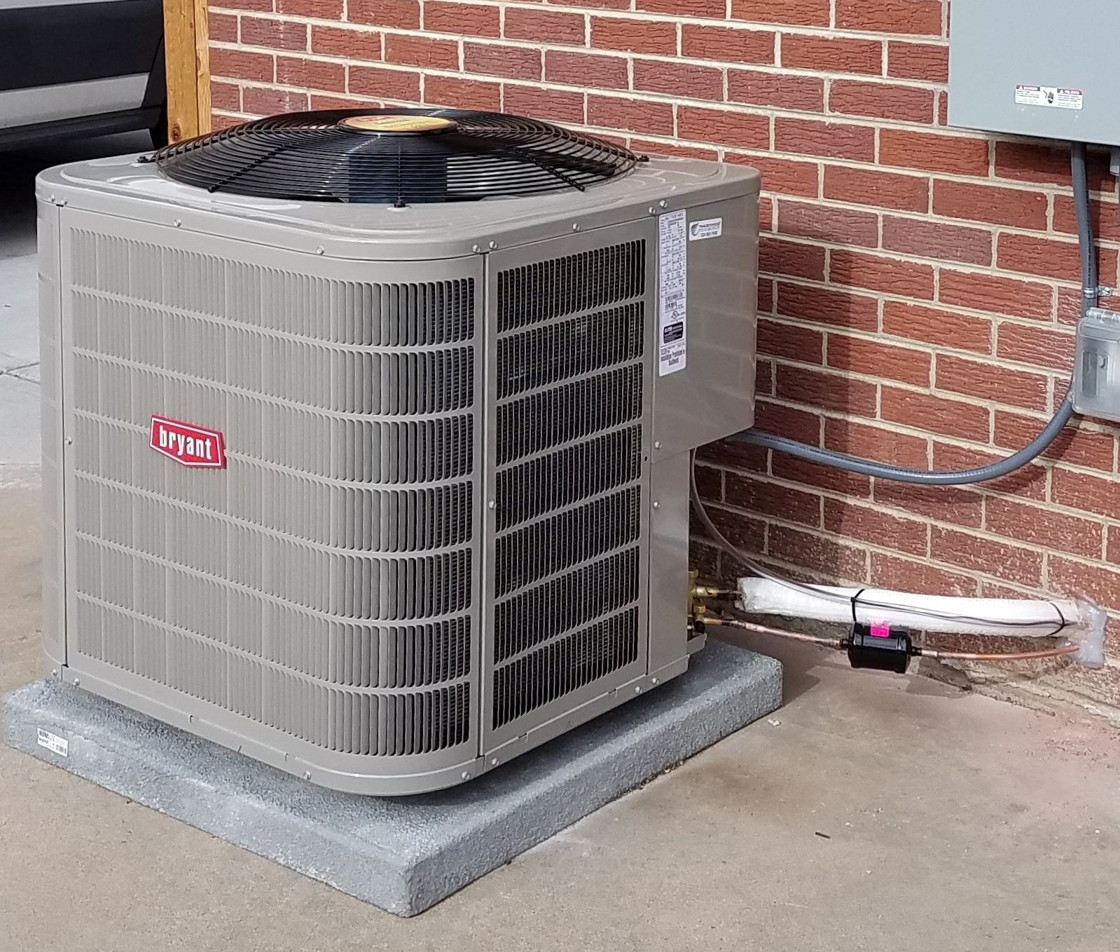 Air Conditioner Installed By Tradewinds Heating And Cooling Inc