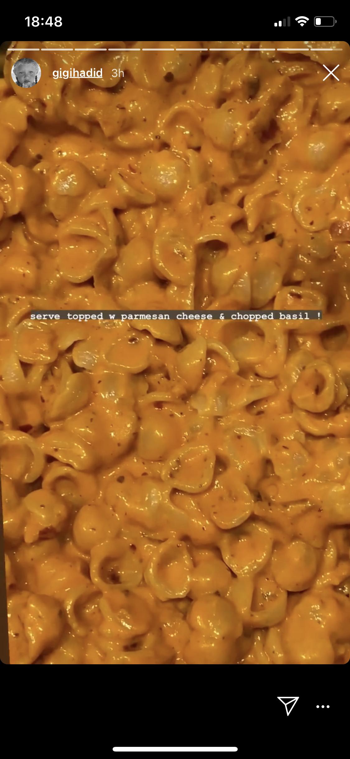 Gigi Hadid S Spicy Vodka Pasta Recipe In 2020 Yummy Pasta Recipes Pasta Recipes How To Cook Pasta