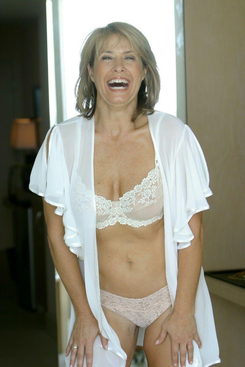 black hot skinny chick porn vids