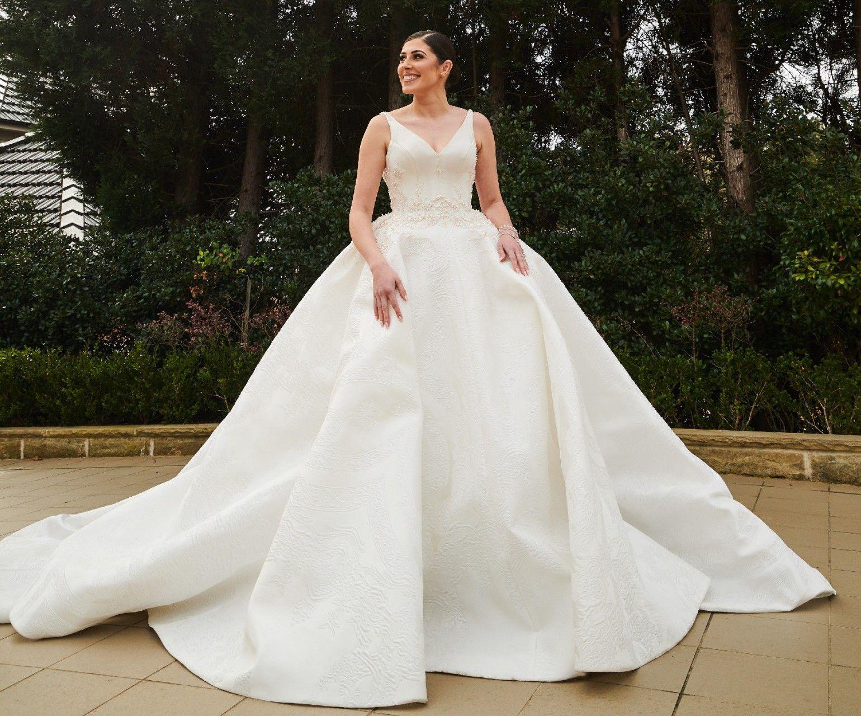 Steven Khalil Custom Made Preloved Wedding Dress Save 37 Preloved Wedding Dresses Wedding Dress Couture Dresses [ 1280 x 1540 Pixel ]
