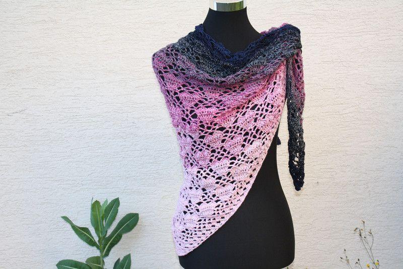Dreieckstücher - Tuch Herz rosa pink weiß blau gehäkelt Schal Mode ...