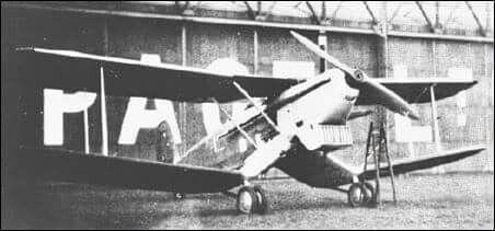 Handley Page HP 46   1932   (Grande Bretagne). Avion torpilleur. Ce prototype d'avion torpilleur fut construit en un seul exemplaire. Il fut testé jusqu'en 1935 mais il était déjà périmé. L'avion fut rejeté par la Royal Navy et le programme a été abandonné la même année.