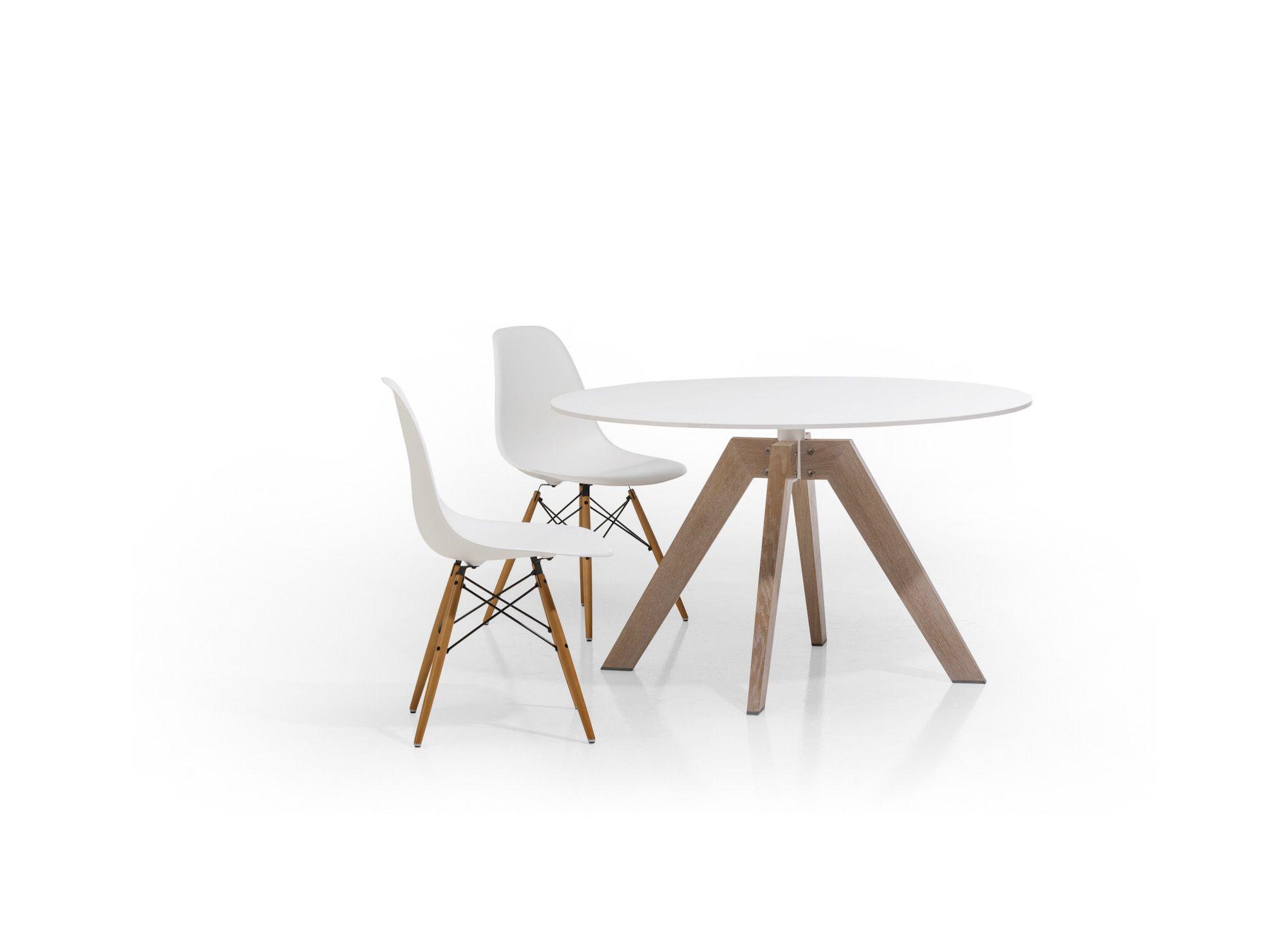 Esstisch Rund | Platte HPL | Gestell Massivholz | Skandinavisches Design    Bei Möbel Morschett