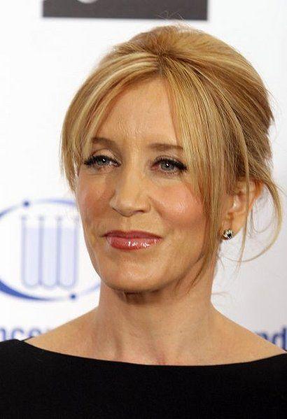 Felicity Huffman 1962 Desperate Housewives, Raising -3839