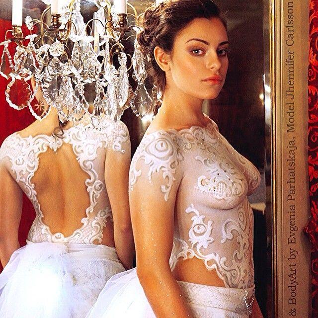 I Explore Ang Makeup Art Las Vegas At Higit Pa Painted Wedding Dress