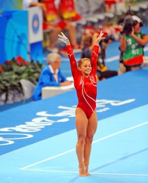 floor gymnastics shawn johnson. Shawn Johnson Floor | 2008 Beijing Olympics Smiles During The Gymnastics A