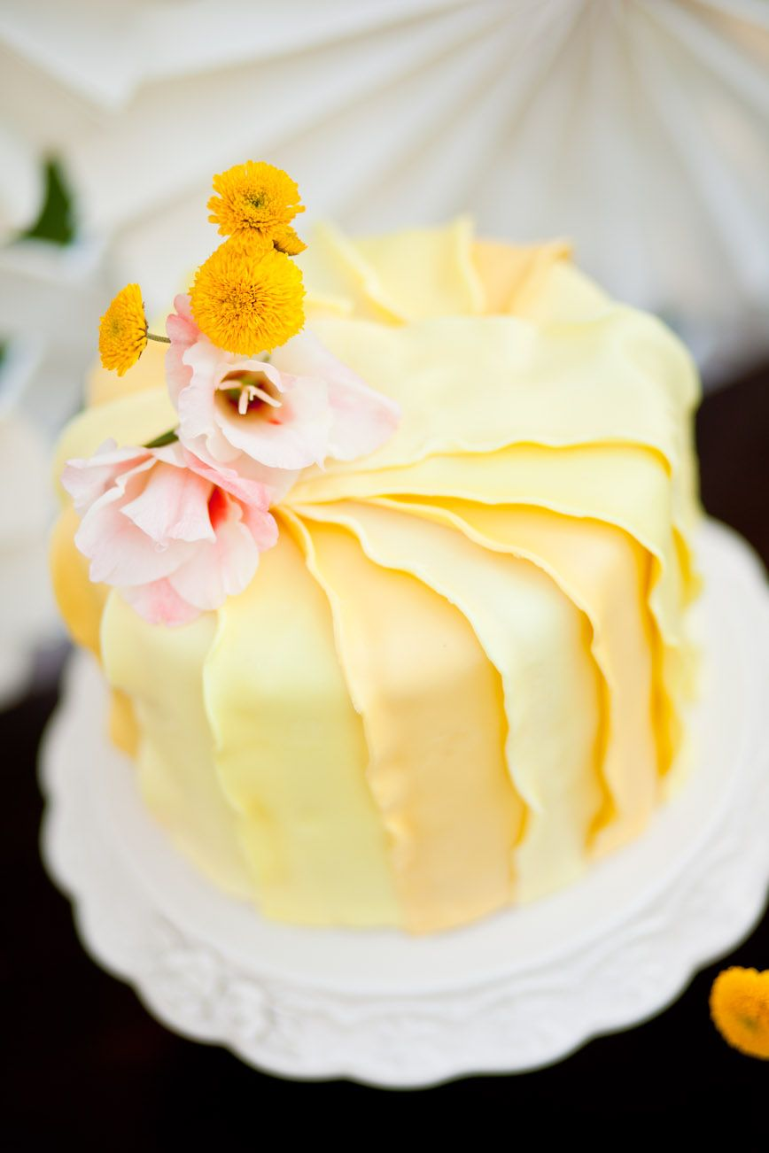 Yellow Wedding Cake Cake: Designer Cake Gallery   ♨ Cakes, Cakes ...