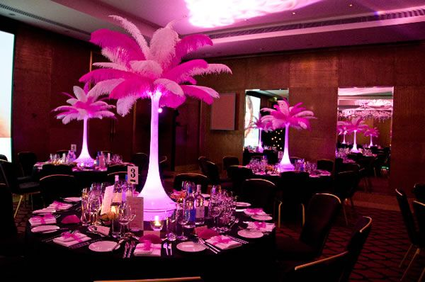 Think Pink With These Lighted Feathers Stands That Are Absolutely  Breathtaking!