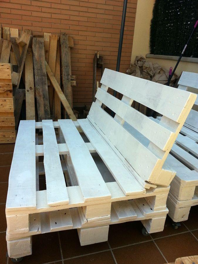 Imagen relacionada jardineria muebles reciclados for Reciclado de palets sillones