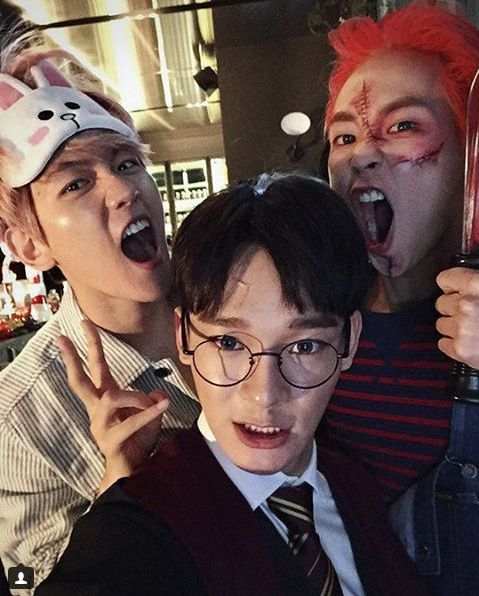 Chen as Harry Potter, Xiumin as Chucky, Baekhyun as from line - next line küchen