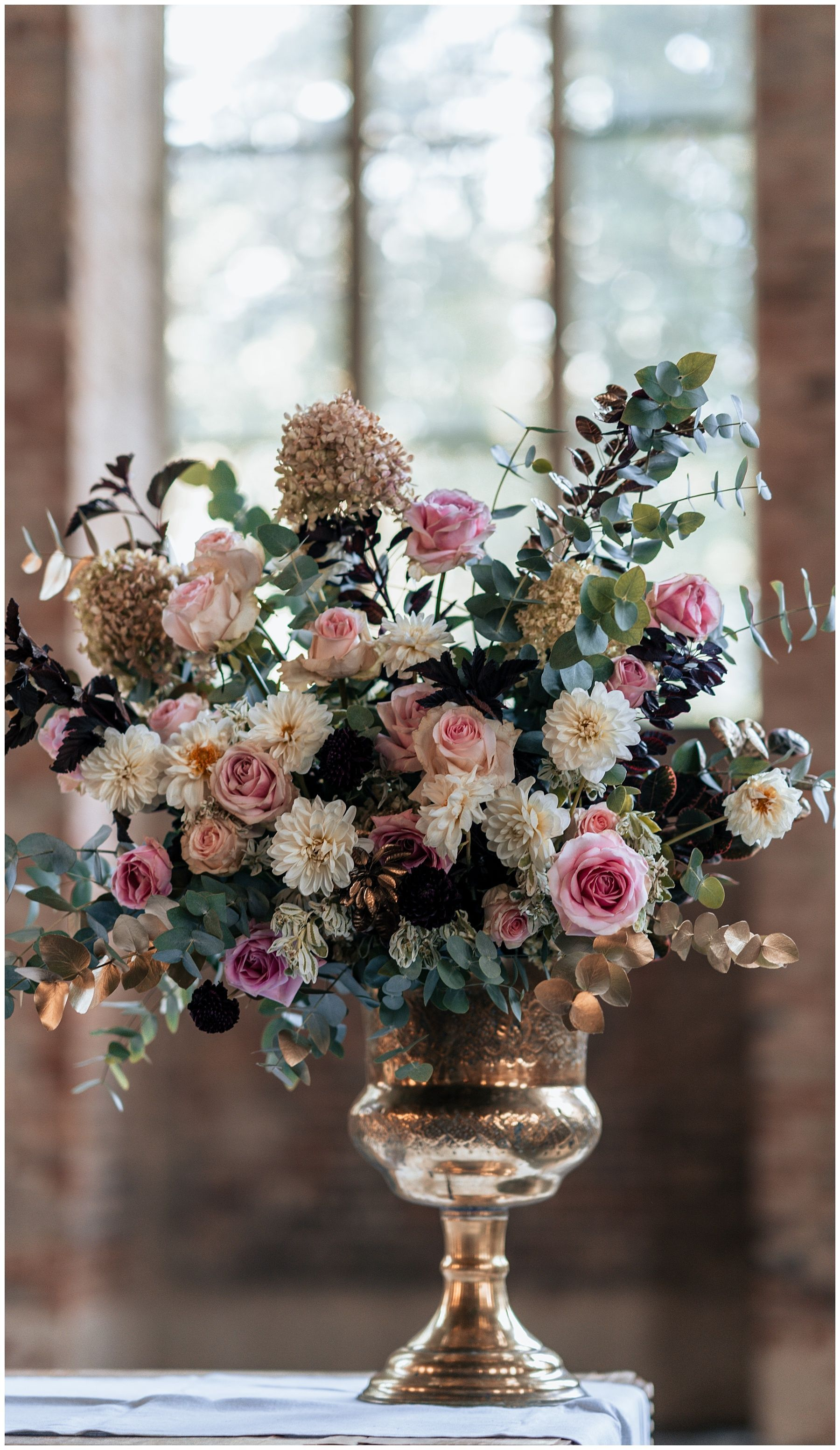 2018 Clarchens Ballhaus Spiegelsaal Hochzeit Anna Und Jan Blumenarrangements Blumen Vase Schone Blumen