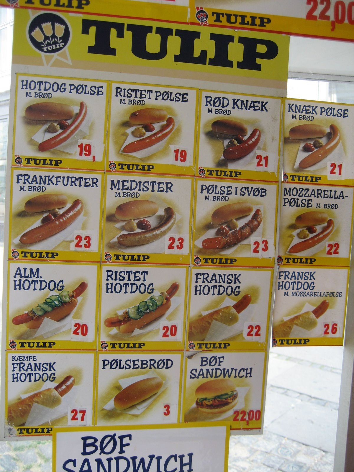 Typical danish hotdog stand. BTW I live in the town which has won the countries best hotdog competition. #GourmetExperience #pølse