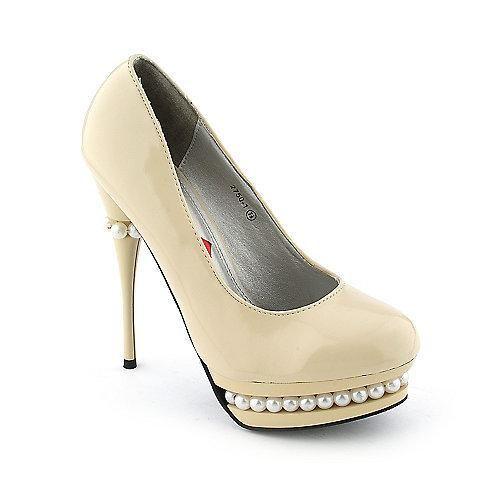 Red kiss high heels