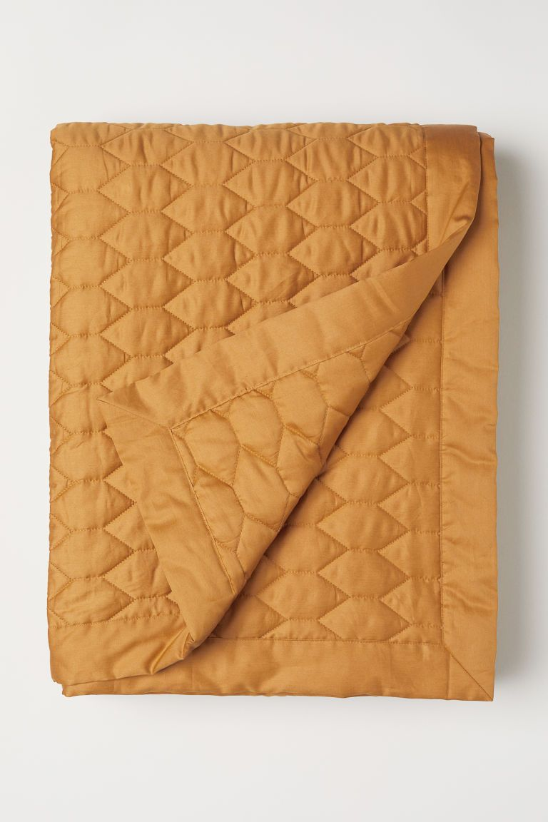 Quilted Bedspread In 2018 New Apartment Pinterest Bed Spreads