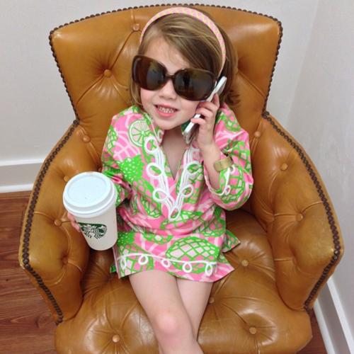 die besten 25 preppy baby girl ideen auf pinterest wei e kleider f r kinder niedliche baby. Black Bedroom Furniture Sets. Home Design Ideas