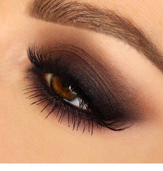 Brown to black eye makeup #browneyeshadow