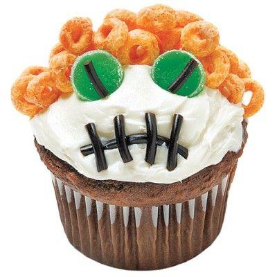 15 Super-Cute Ways to Decorate Halloween Cupcakes Decorating and Foods - how to decorate cupcakes for halloween