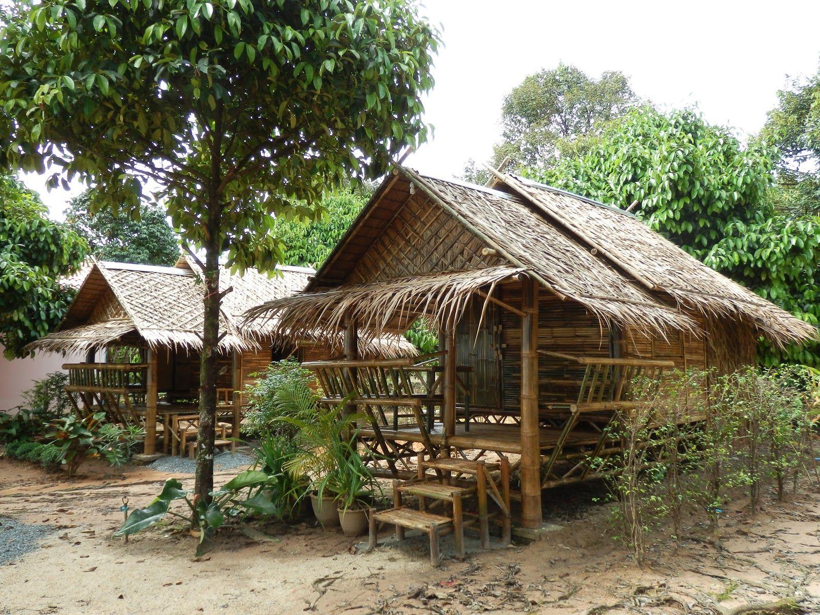 Little bamboo hut for my garden inspired habitat for Small garden huts