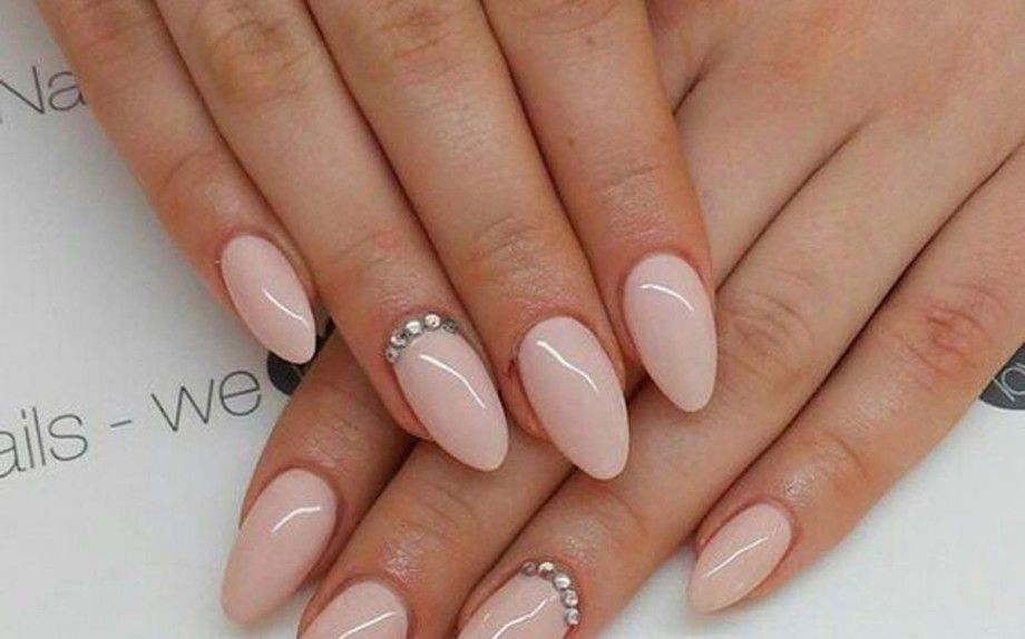 Pin di priscilla rucco su nail art pinterest for Unghie gel decorazioni semplici