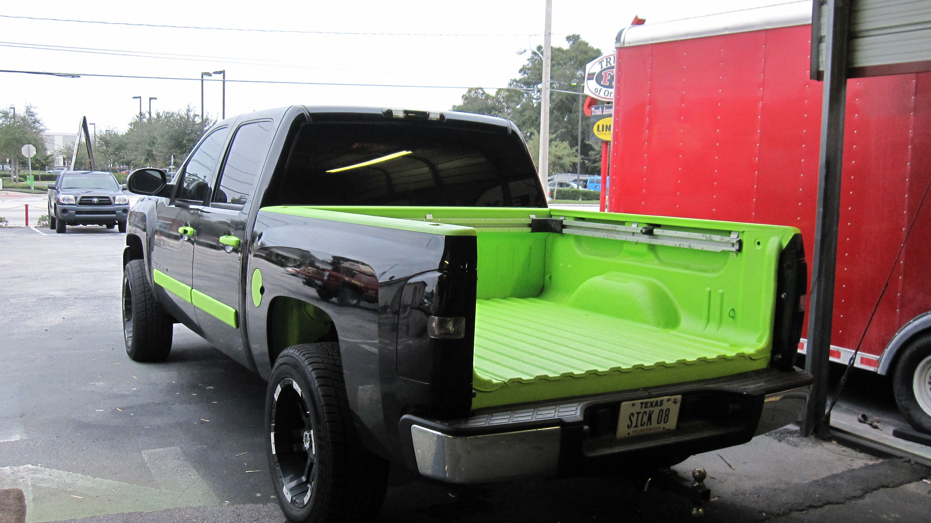 Linex Neongreen Bedliner With Images Boat Wiring
