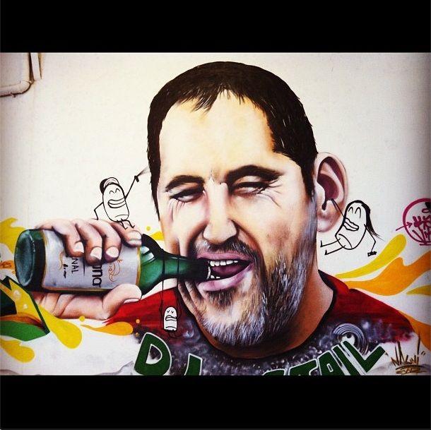 Graffiti en nuestra sede de Cerveza Bayyana. Así se abre una cerveza con ganas :-)
