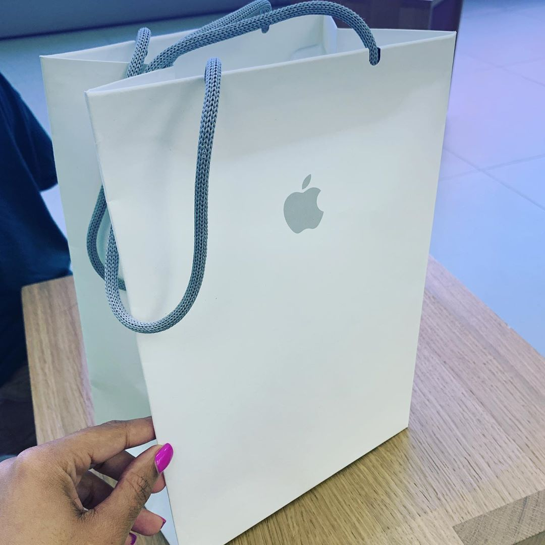 Early Birthday Gift From Le Wife Thanks Babe Cookiepooh Gift Apple Apple Apple Babe Birthday Cookiepooh Early Birthday Gifts Gifts Birthday