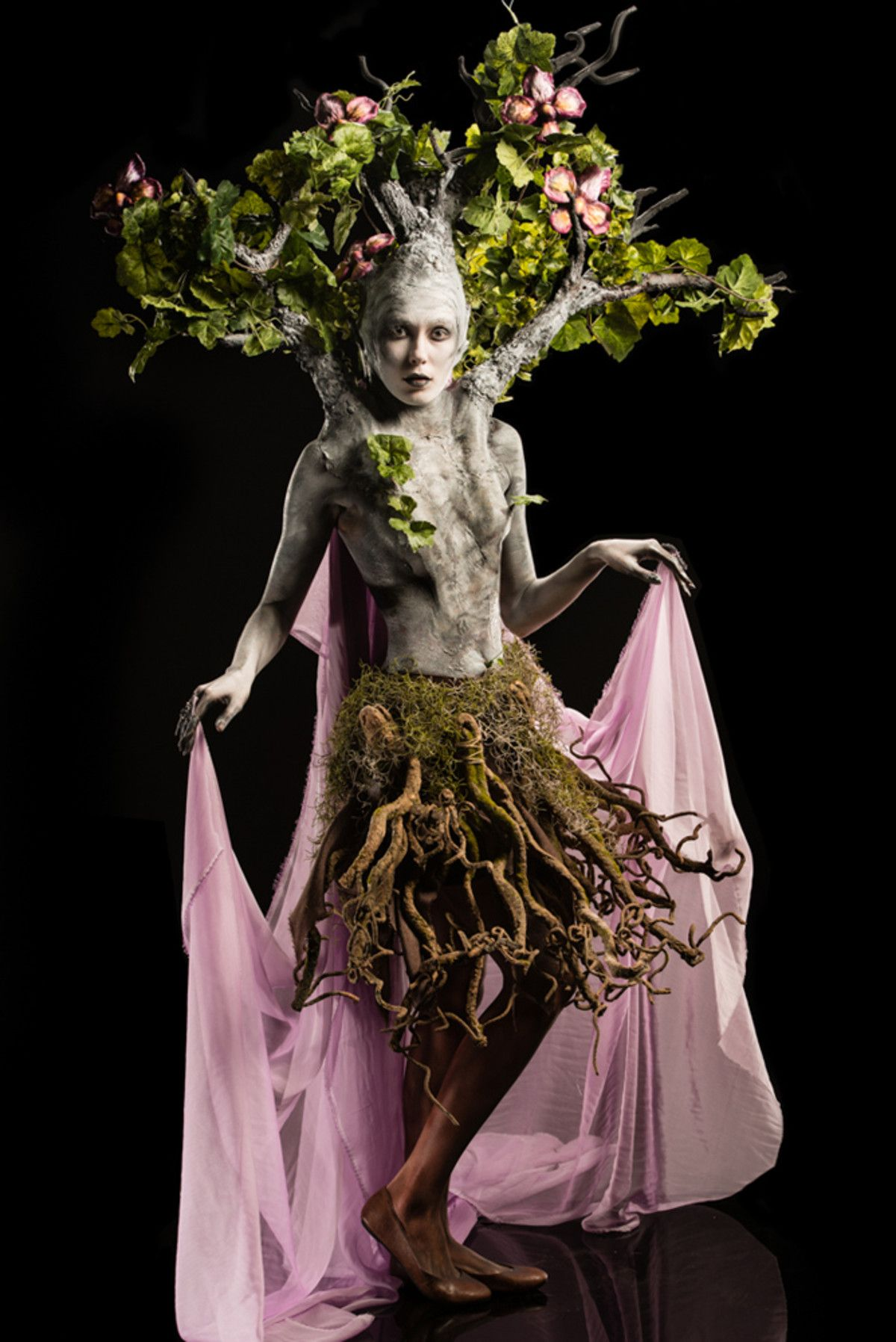 Spotlight Challenge Mother Earth Goddess With Images Mother Nature Costume Tree Costume Halloween Fashion