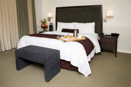 Delta Hotels by Marriott Edmonton Centre Suites Edmonton (Alberta) Located within a 140-store shopping mall just 3 blocks from Sir Winston Churchill Square, this hotel offers luxurious amenities and comfortable accommodations just minutes from many Edmonton attractions.
