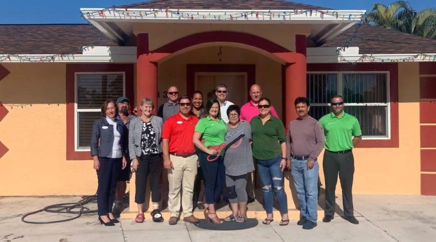 Icymi Kelly Roofing Donates Materials And Labor To Give Family A Free Roof In 2020 Roofing New Brighton Kelly