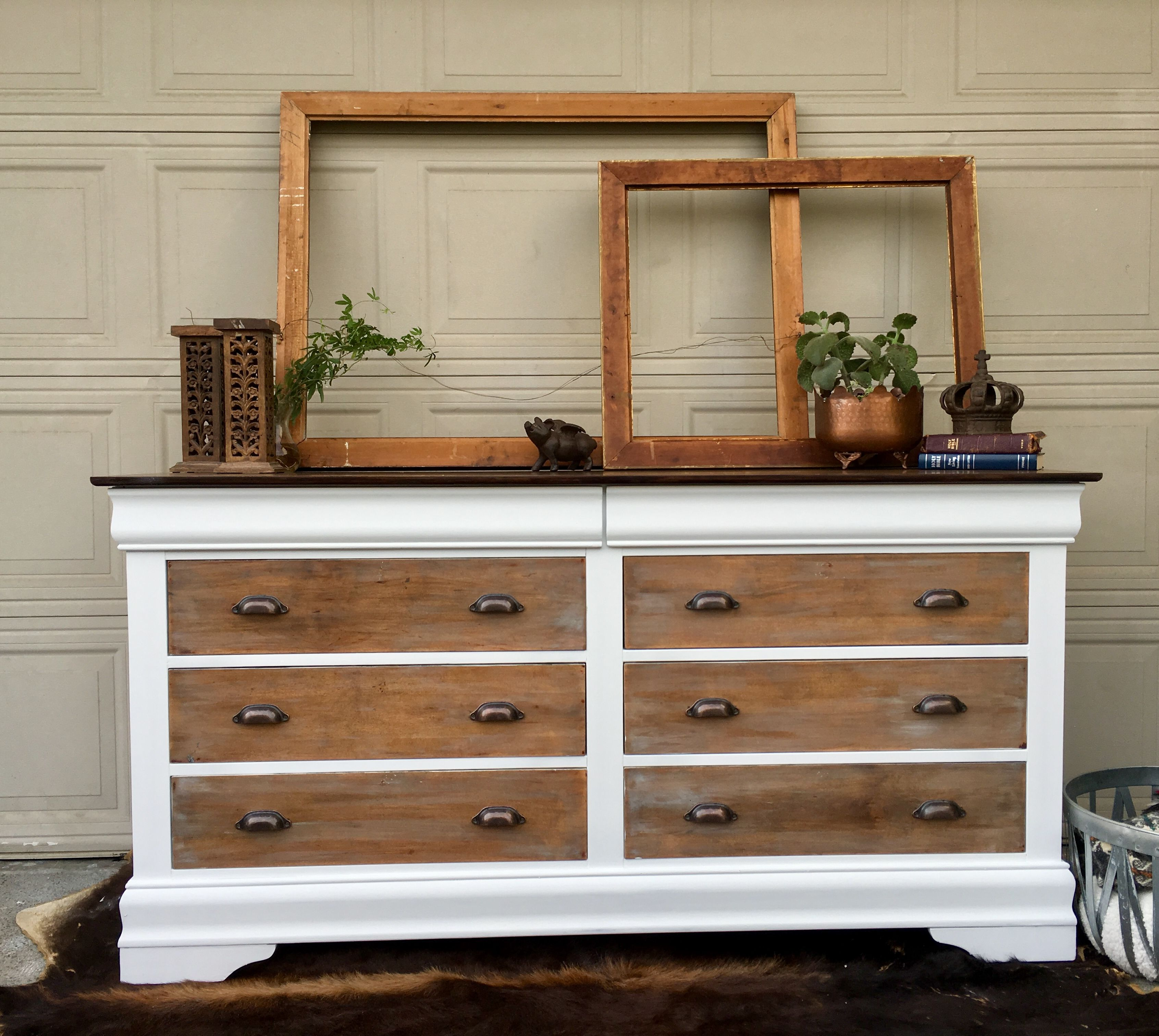 Beautiful Farmhouse Dresser Painted In Rustoleum S Chalked Paint In Linen White Drawers Bedroom Furniture Makeover Diy Furniture Bedroom Oak Bedroom Furniture