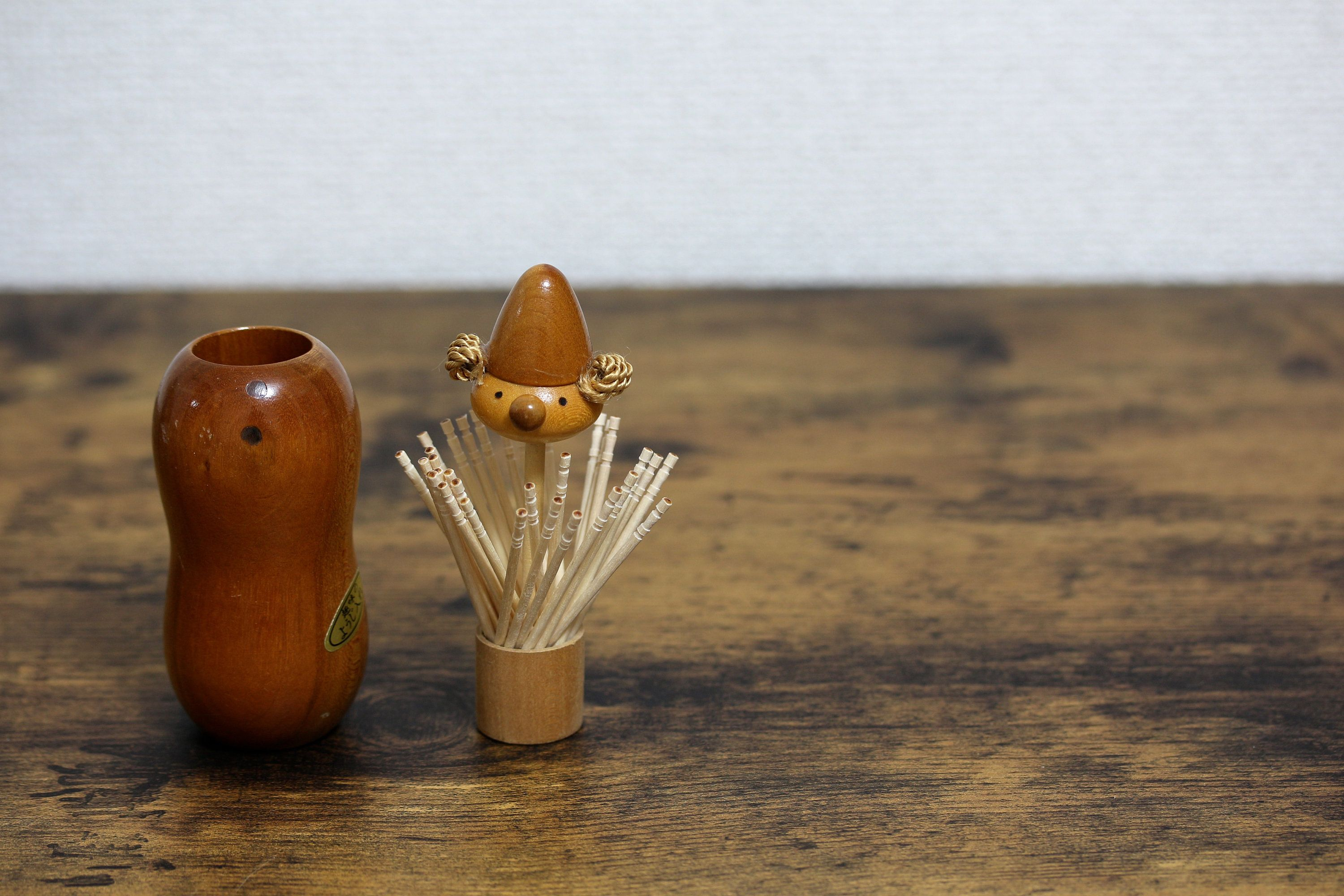Lovely vintage wood figurine toothpick holder kitchen