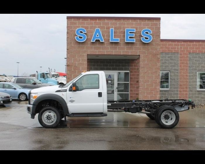 Best Used Diesel Truck >> Pin By Wallwork Truck Center On Medium And Heavy Duty Ford Trucks