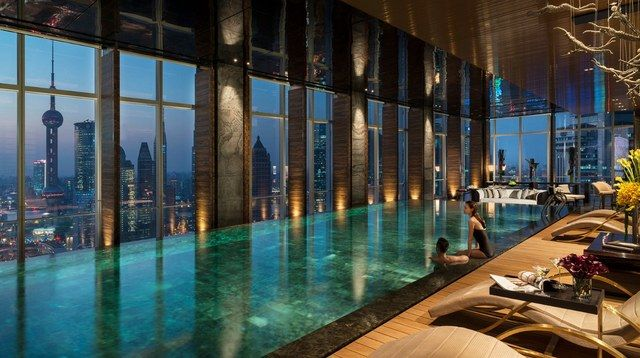 18 Indoor Swimming Pools With Incredible Designs Amazing Swimming Pools Indoor Swimming Pools Luxury Pools