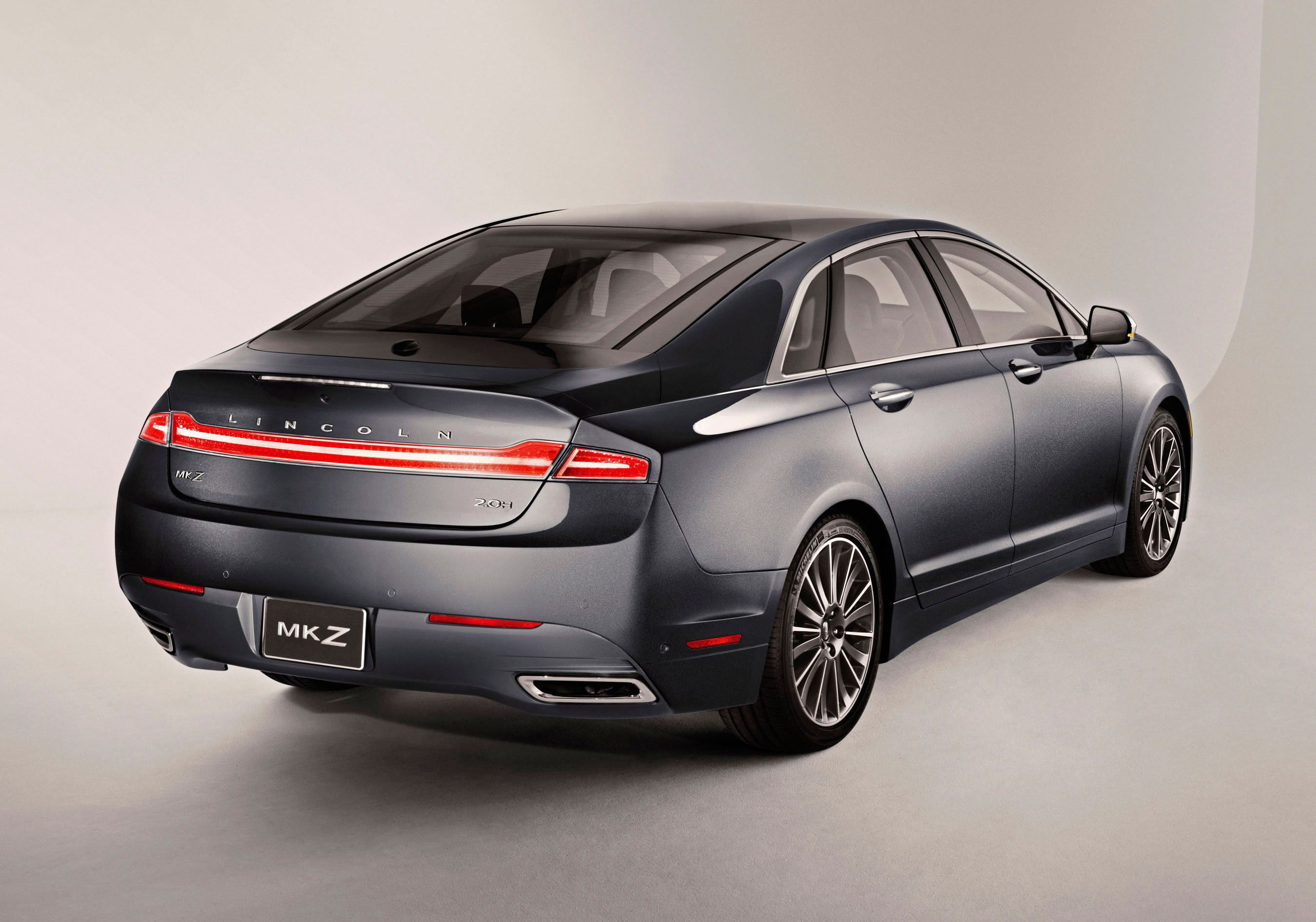Most fuel efficient luxury hybrid car Lincoln MKZ Hybrid