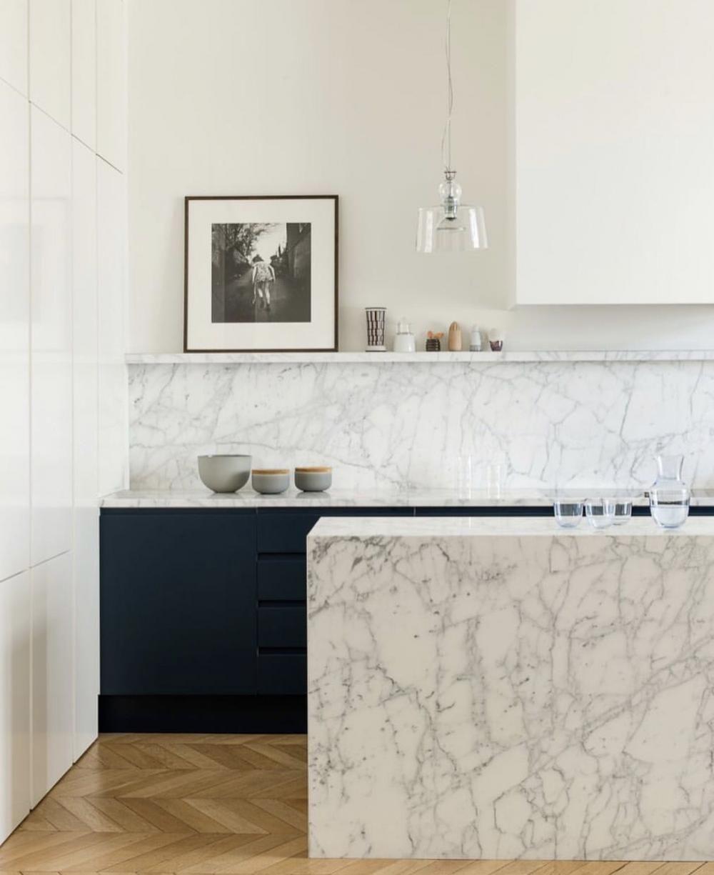De Mooiste Marmeren Keukens Om Bij Weg Te Dromen Eigen Huis En Tuin Keuken Ontwerpen Kleine Keuken Keuken Ontwerp