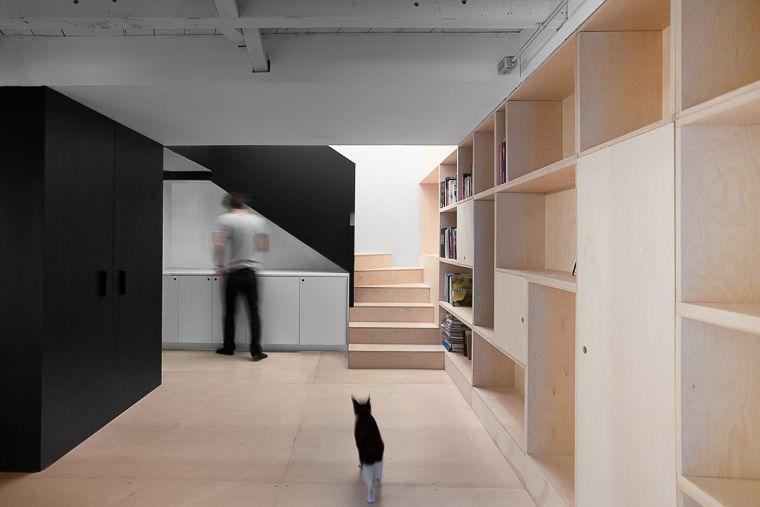 plancher en contreplaqu vernis appareil architecture montr al maison perc e sous sol. Black Bedroom Furniture Sets. Home Design Ideas