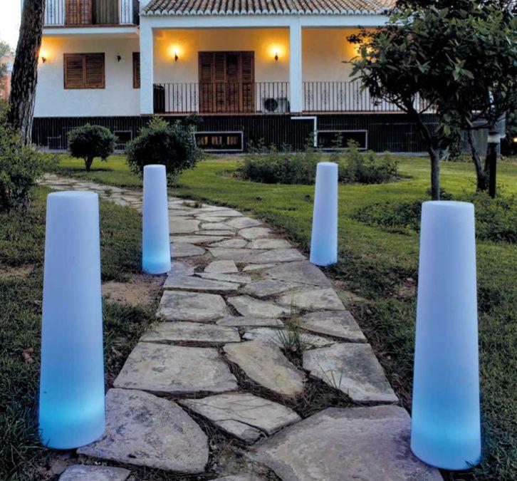L mpara de jard n con luz interior lamparas jardin for Luces de jardin exterior