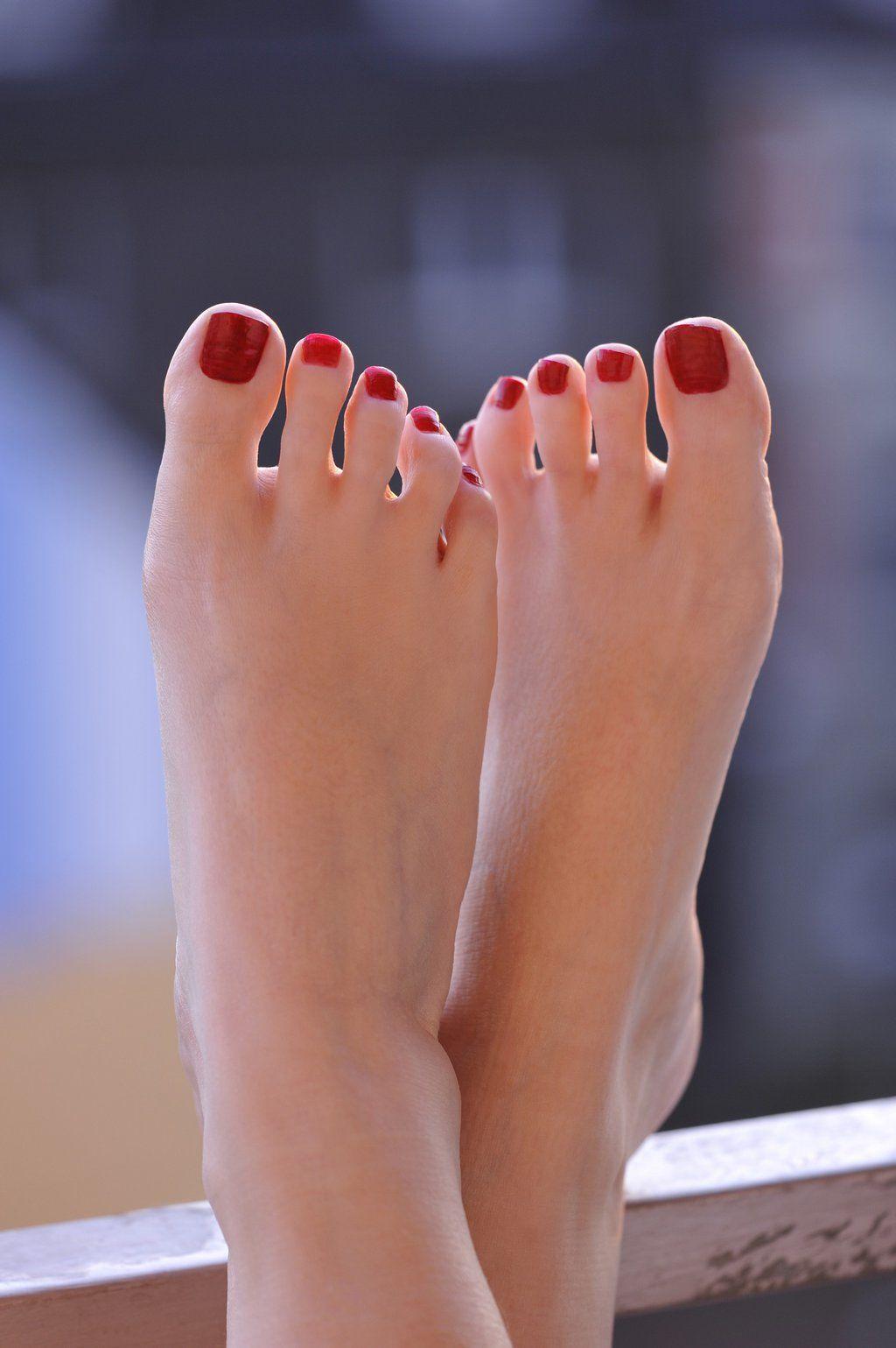 Гугл поиск фото пальчиков ног девушек #14
