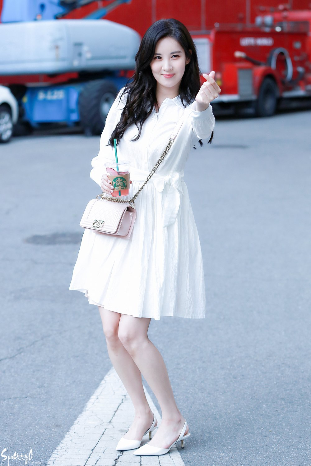 Seo Ju-hyun (서주현) also known mononymously as Seohyun (서현) of Girls' Generation (소녀시대). || She's such an angel. ❤❤