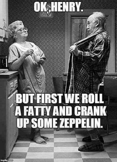 Pin by Tanya on Fun   Funny old people, Funny, Old couples